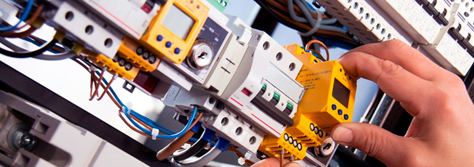 cabecera-instalaciones-baja-tension Instalaciones baja tensión